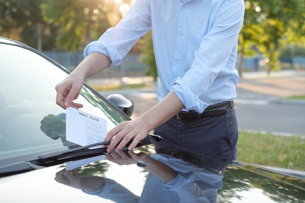 pagar las multas de trafico