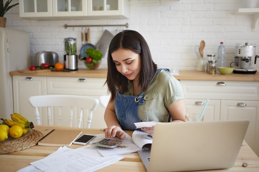 Consejero Legal finanzas domésticas cuesta de enero